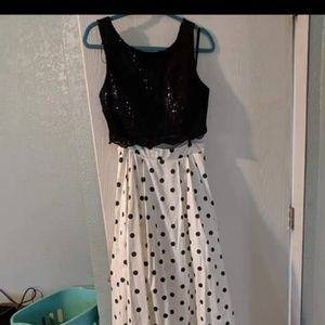 2 piece pok a dot dress